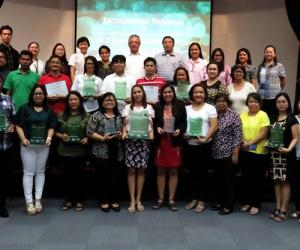 SEARCA, DepEd, and UPLB award outstanding School and Home Garden Partner Schools