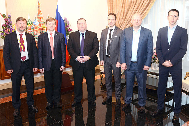 Group photo of the Russian Business delegation led by Viktor Tarusin, President of Odintsovo Chamber of Commerce and Industry of Russia, with Russian Ambassador to Brunei Darussalam Vladlen Semivolos. – JAMES KON