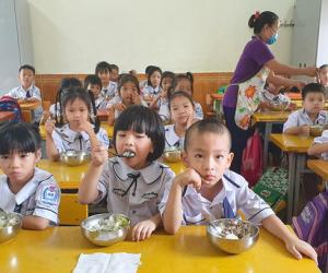 Vietnam continues to improve anti-hunger performance