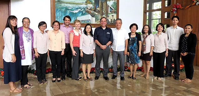 SEARCA Officials and ANU representatives together with CHE-UPLB.